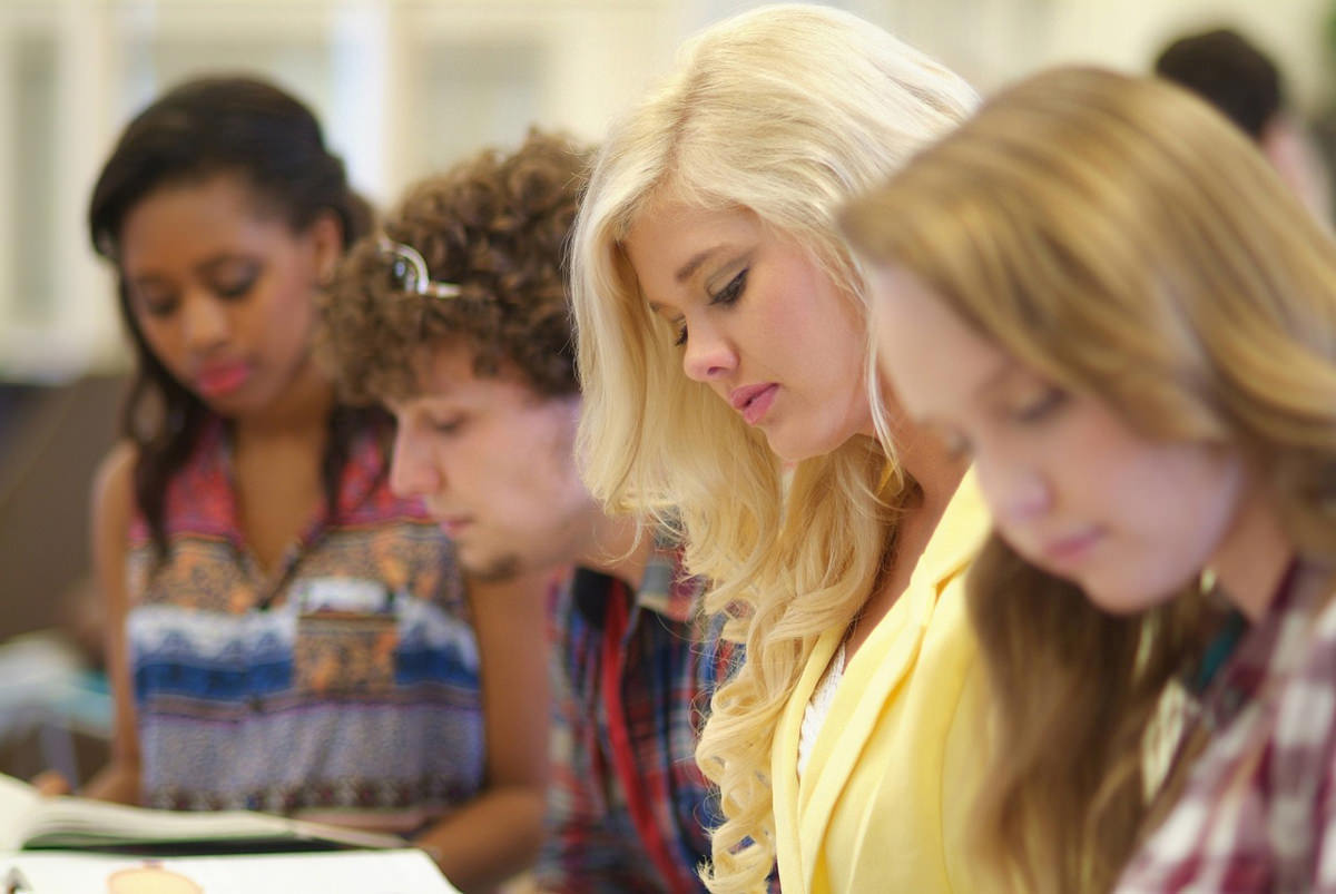 MBA Scholarship to Study Abroad
